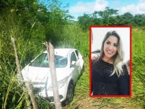 Carro ficou todo destruído. Laura é Biomédica, trabalha em Piaçabuçu e na Santa Casa em Penedo.