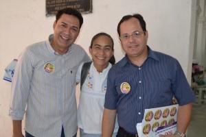 Carlos da Educação, Heloísa Helena e Eduardo Palmeira visitando o Pavilhão da Farinha. Foto: Boainformacao