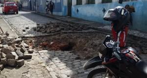 Buraco_em_Penedo (1)