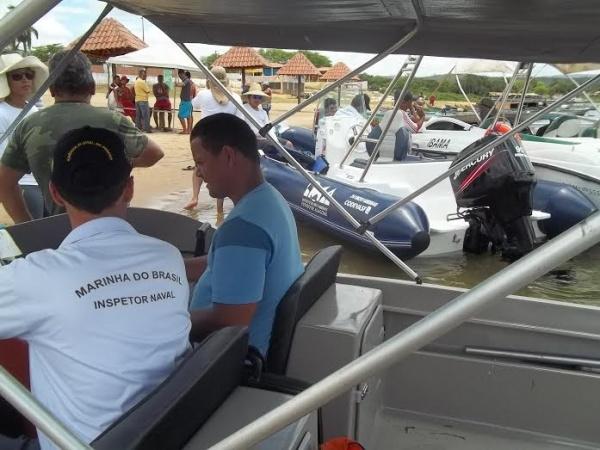 Atividade conjunta de notificação dos proprietários de tanques-rede do município de Traipú-AL
