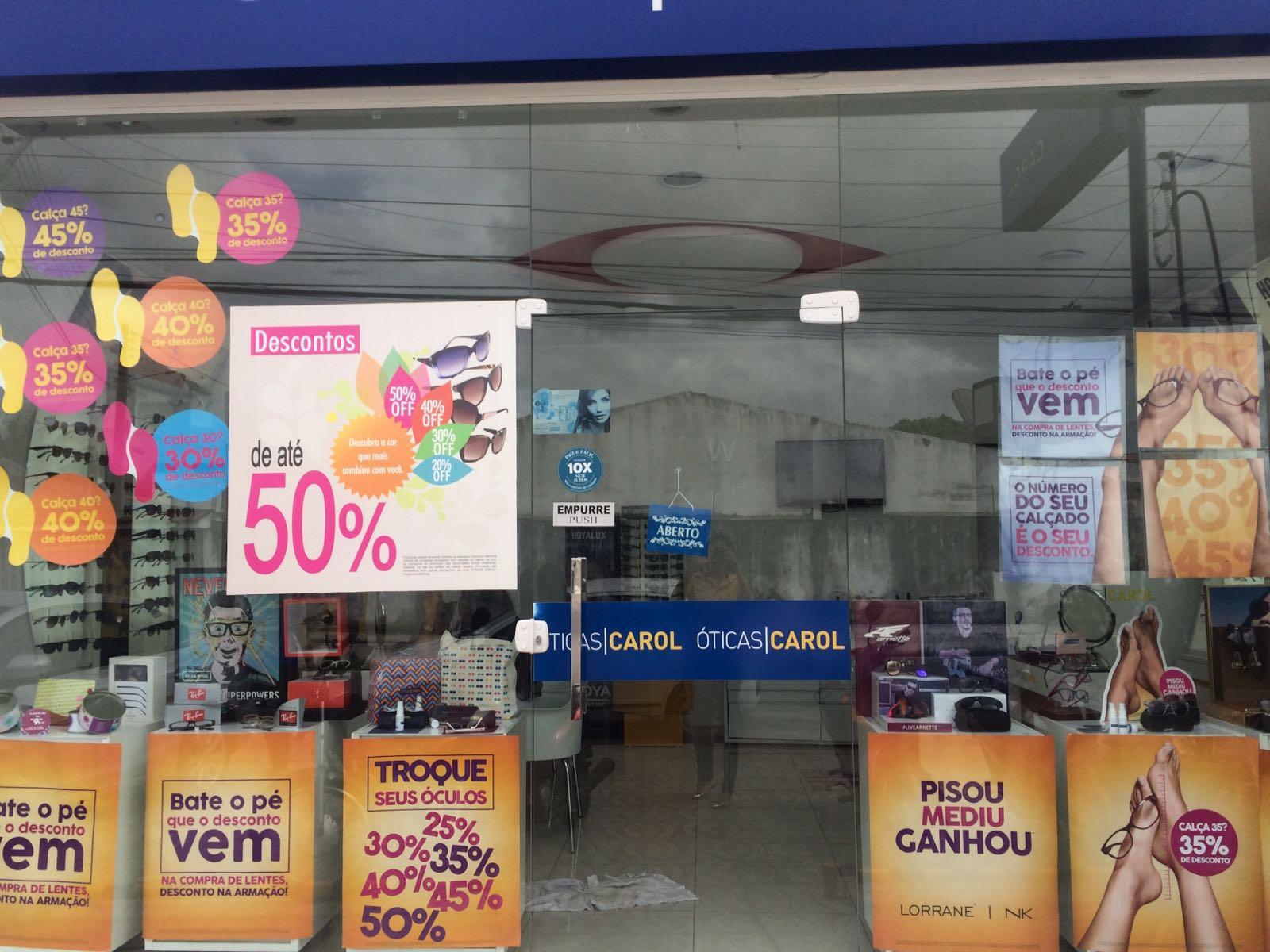 7d1d76e9d Entre em contato também pelos telefones: (82)3551-2504 ou 3551-5970 ou  visite a fan page oficial das Óticas Carol em Penedo: http://facebook.com/  ...