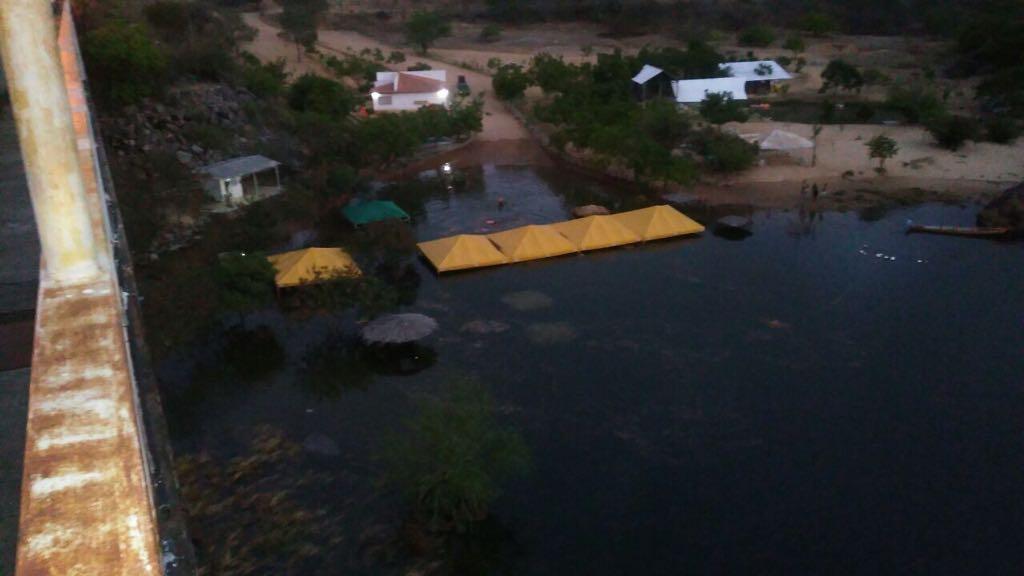 Piranhas amanhece inundada e pode afetar Penedo