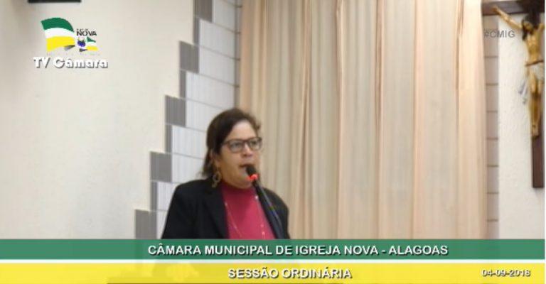 Vereadora Lenilda cobra manutenção dos amarelinhos e monitoria em transporte escolar de Igreja Nova