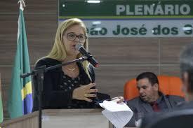 Loura Amaral defende rateio do FUNDEF e autonomia dos gestores municipais