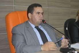 Kayro Castro pede equilíbrio no parlamento durante as sessões em Piaçabuçu - Boa Informação