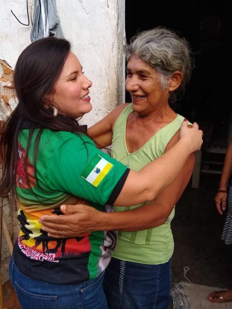 Aliny Beltrão segue conversando com populares e costurando alianças em Igreja Nova