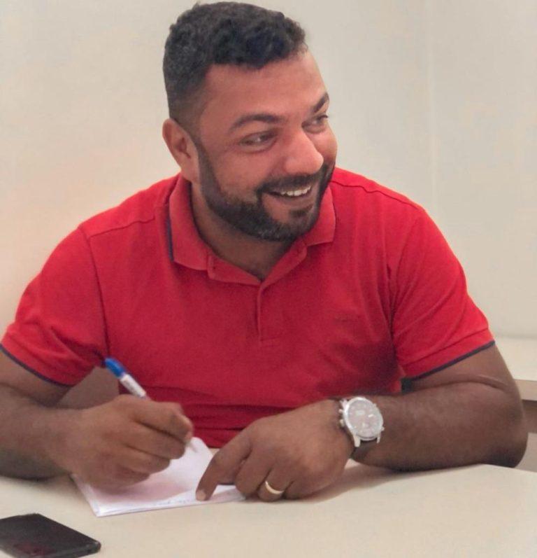 Nome do vice-prefeito João Lucas ecoa forte como candidato à ALE durante o carnaval